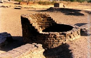 Lothal city of Indus valley civilization found in the present location of Gujrat state.