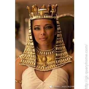 Cleopatra marry to