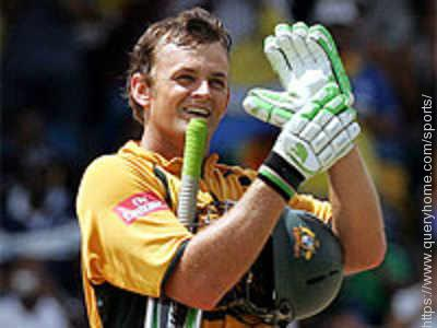 Why did Gilchrist bat with squash ball in Glove in WorldCup final?