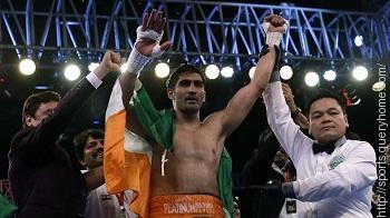 Vijender Singh beat Maimaitiali to win WBO Oriental Super Middleweight title