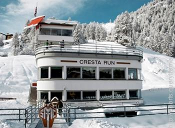"""With Sledding or Tobogganing sport the """"Cresta Run"""" is associated."""