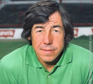 A car crash accident ended Gordon Banks's Goalkeeper career.