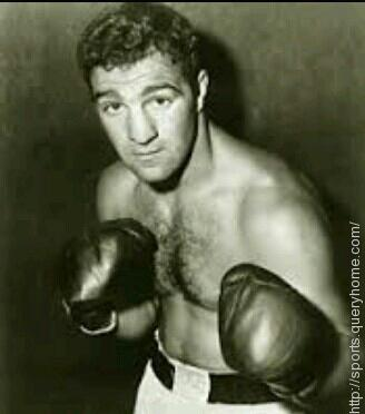 Marciano holds the record with heavyweight Brian Nielsen for the longest undefeated streak by a heavyweight.