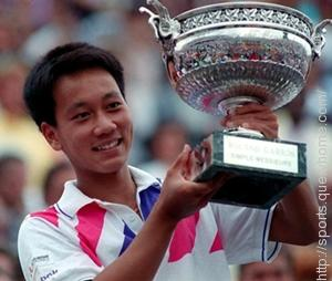 Michael Chang is the youngest male player to win a Grand Slam singles title.
