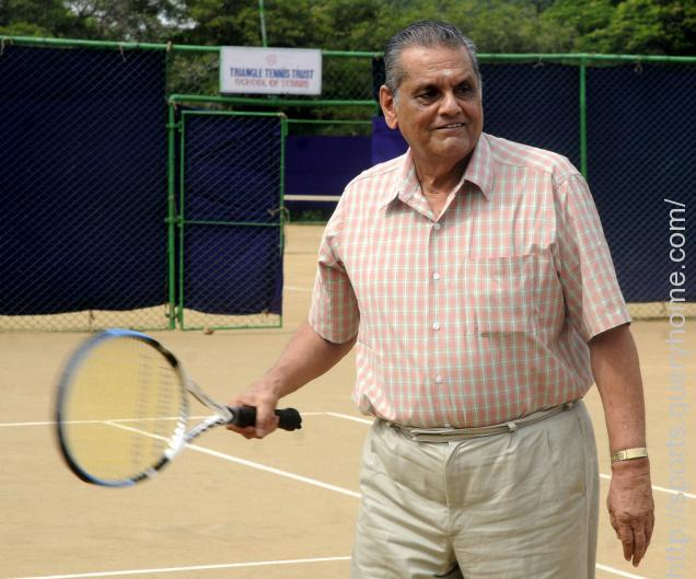 Ramanathan Krishnan the first Indian, to reach the semi final in Wimbledon Tennis Championship