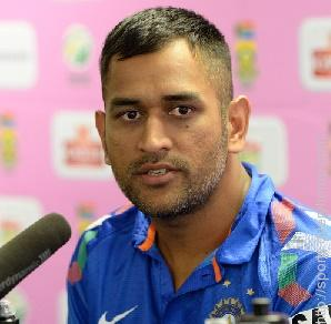 Before making his international debut, Dhoni worked in the Indian Railways as a …...?